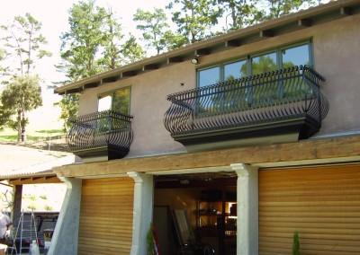 Juliette balcony1