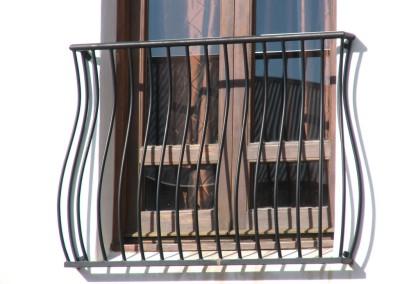 Juliette balcony2