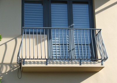 Juliette balcony3