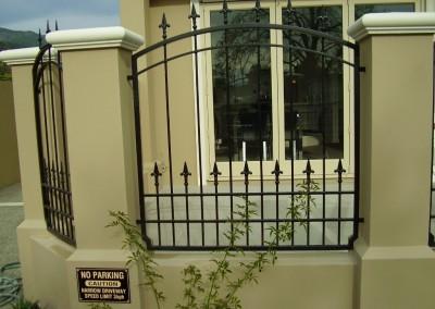 fence panel 10